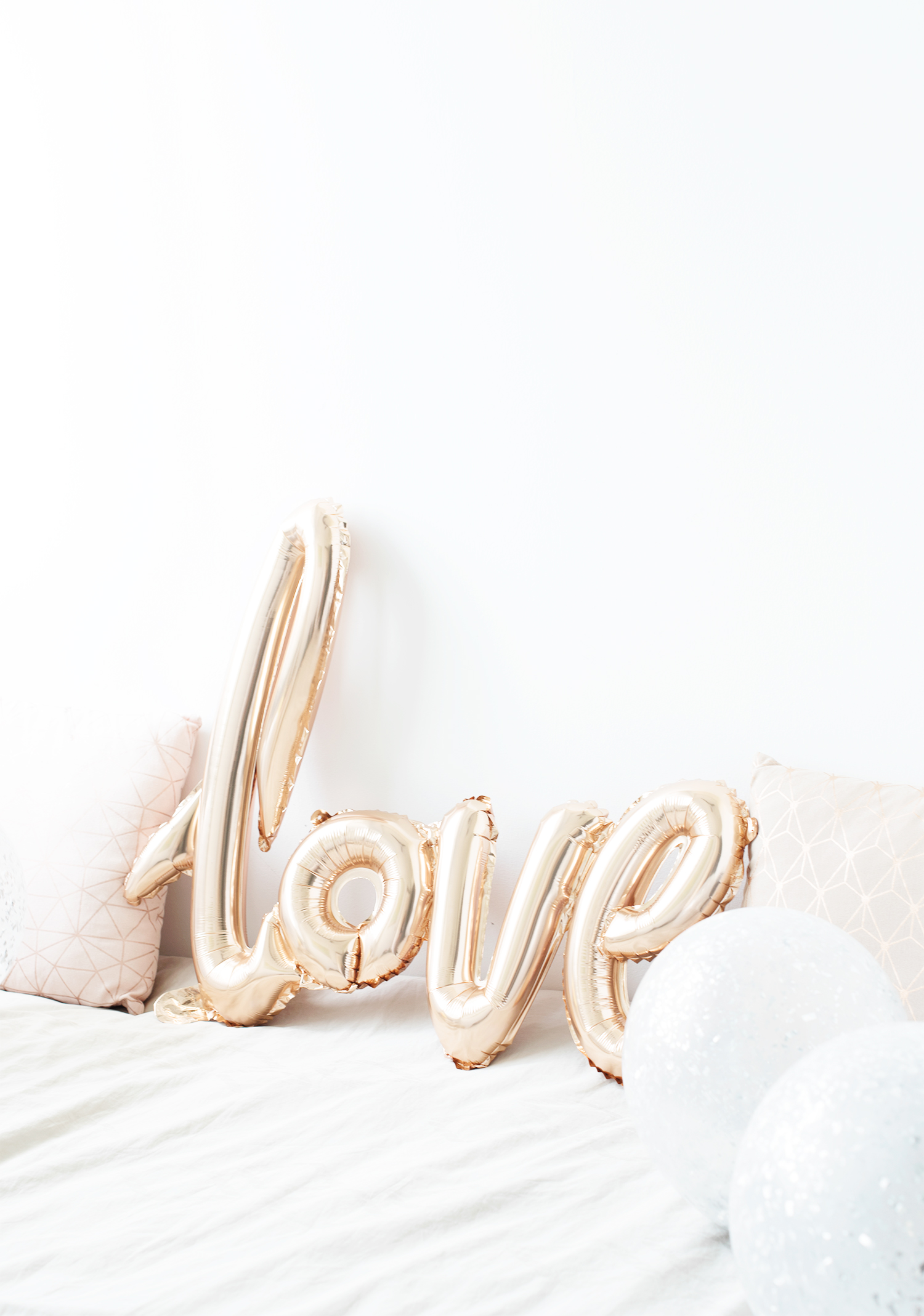 The Skinny Scout Love Balloon Rose Gold