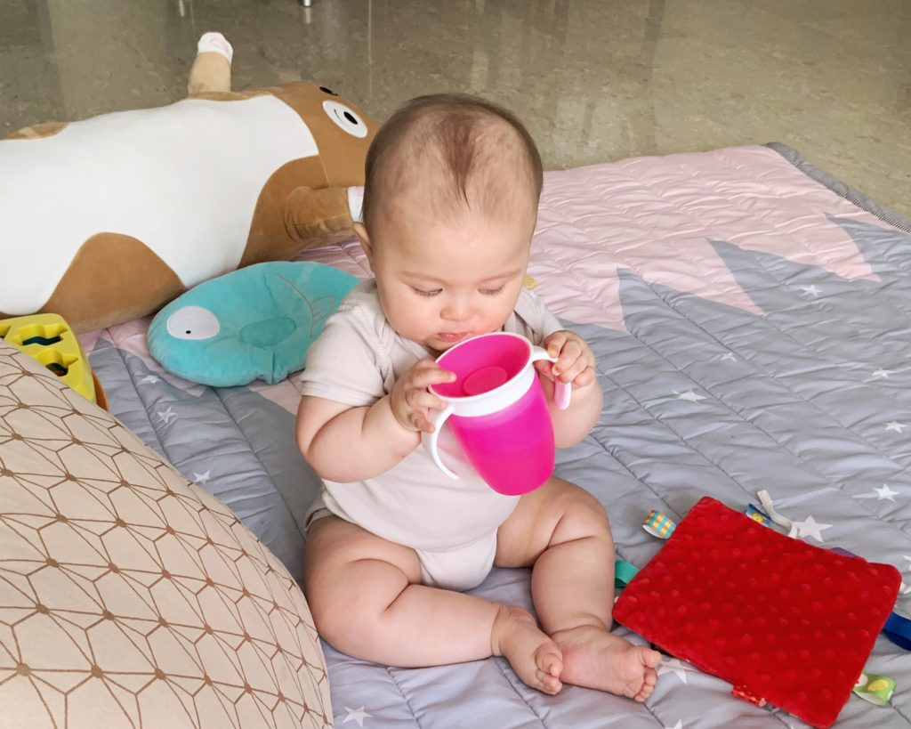 how to wean baby from latching munchkin 360 sippy cup