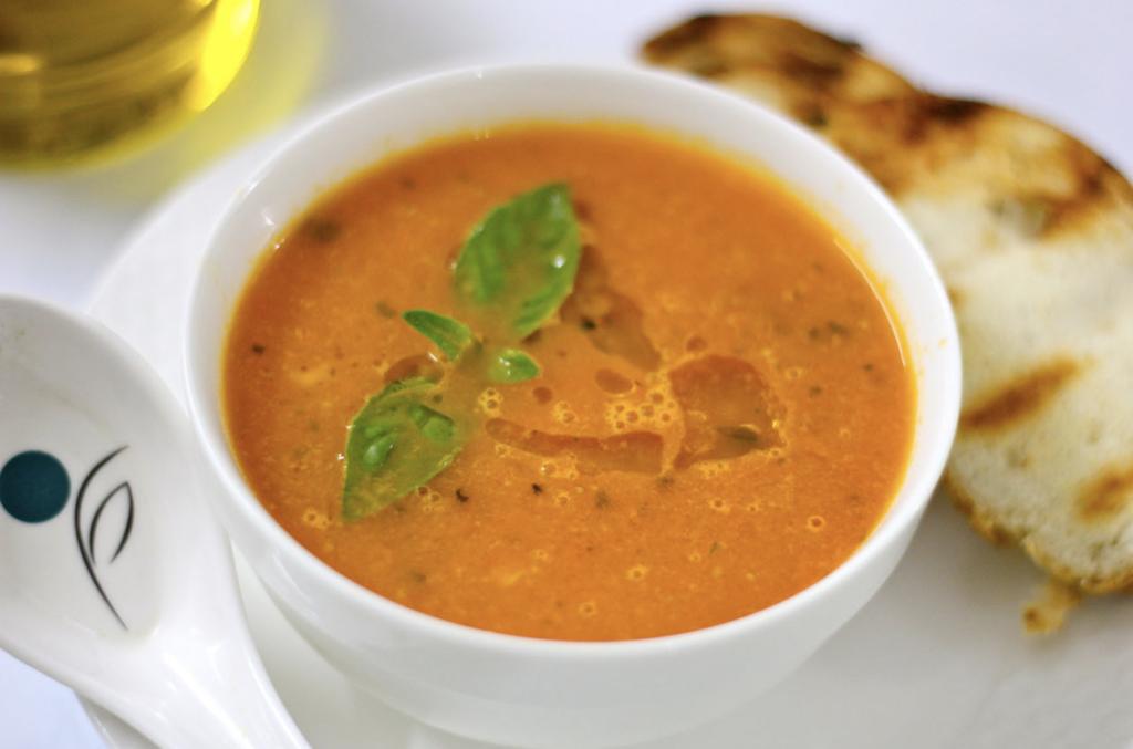 Blogmas 2020 Day 7 of 12 Christmas Feast Ideas Tomato Soup